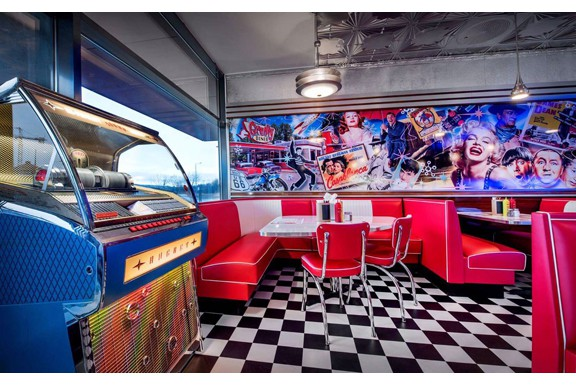 Groovy_Diner_Tonsberg_S4